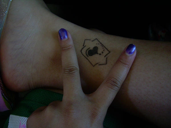 Half sleeve tattoo ideas taurus tattoos for men phoenix for Star tattoos on leg