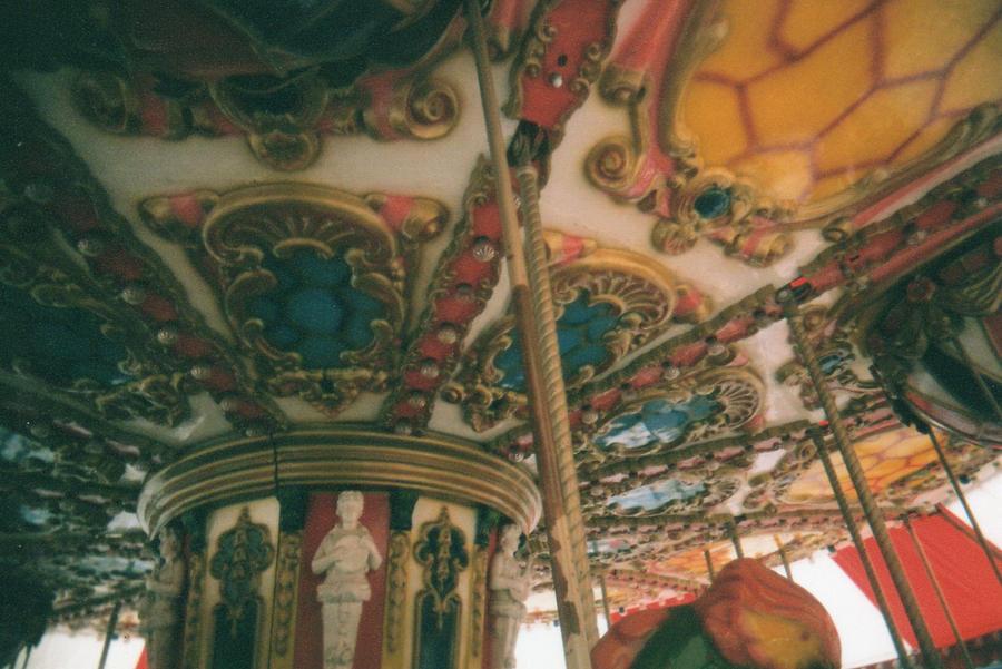Carousel by vanvangmy
