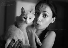 Kis-kiss-kisses by paintmewet