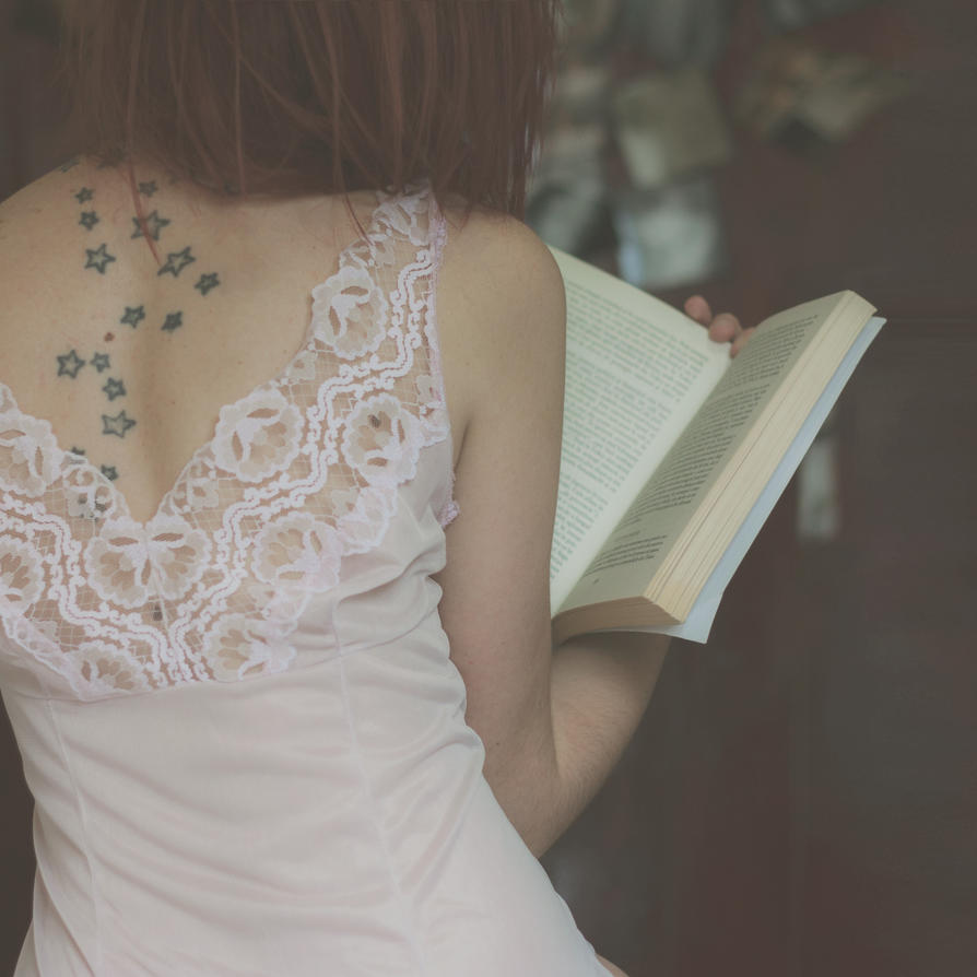 The Reader I. by se7eninone