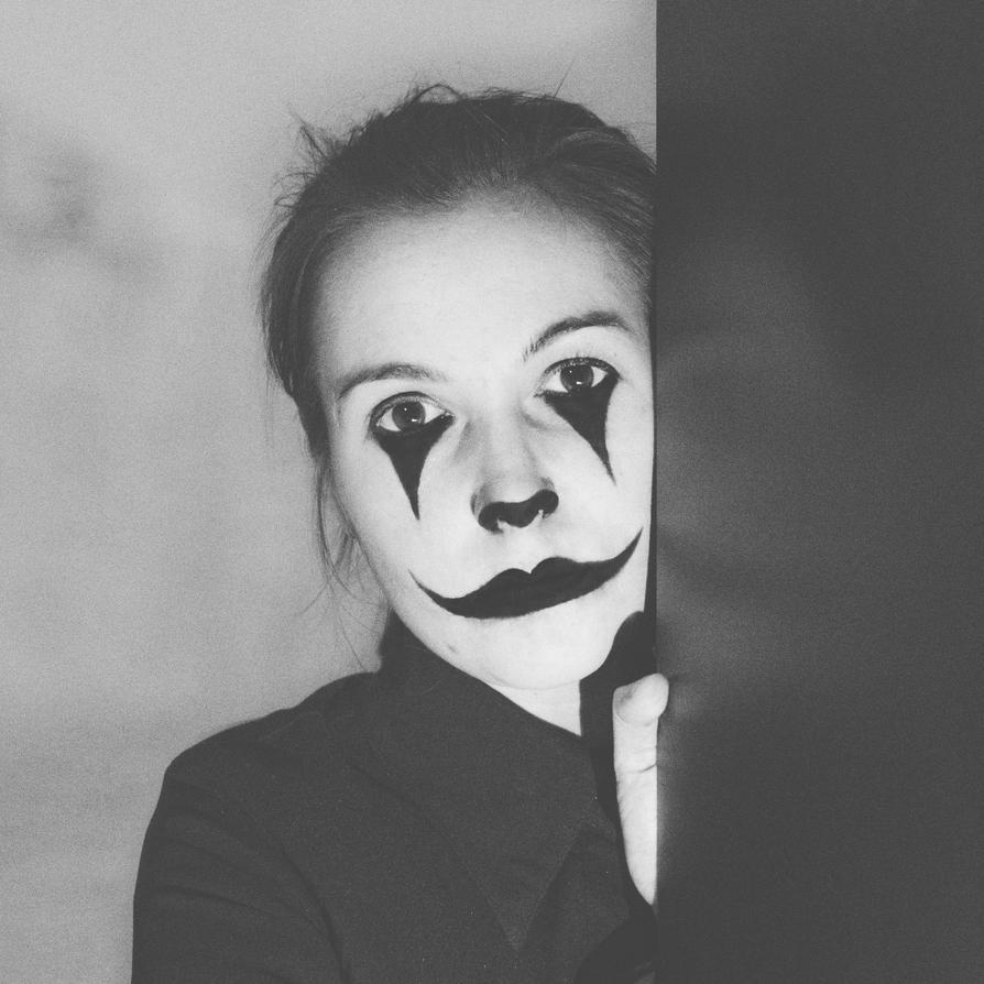 sad clown by se7eninone