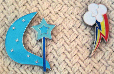 Trixie and Rainbow Dash CM Pins