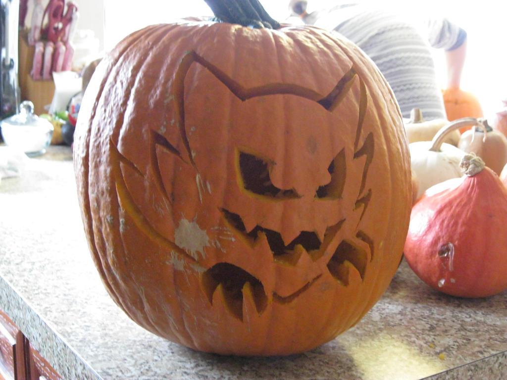 Haunter Pumpkin by LightPhyre
