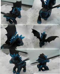 Hielo Azul - A Dragon Pony by ZarineBashire