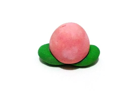 A Pecha Berry by ShyeEmerald
