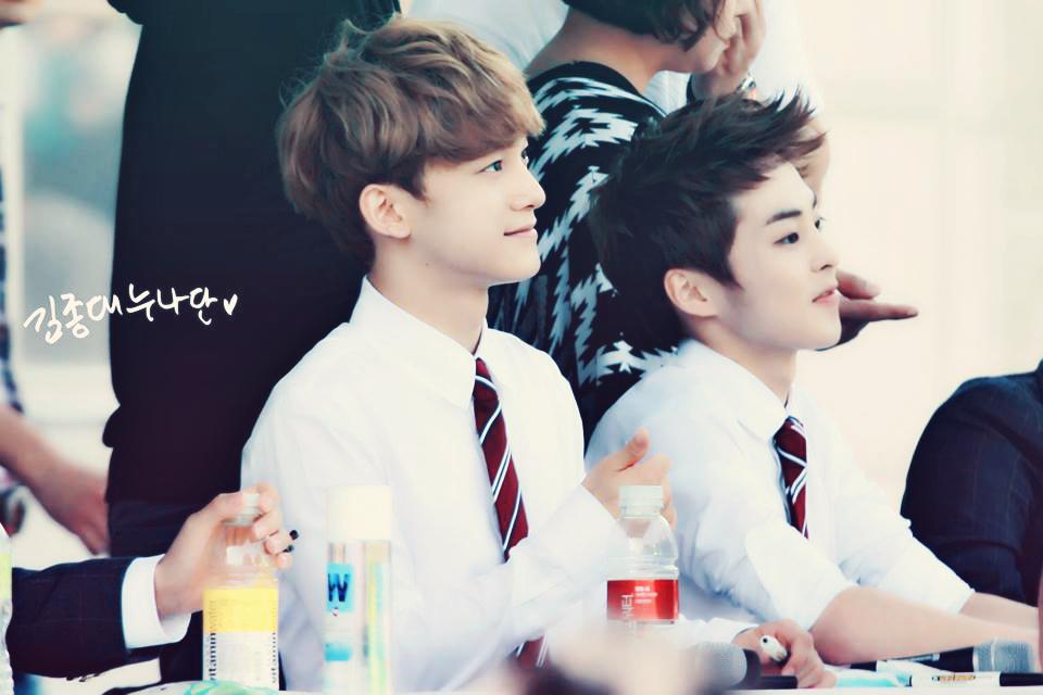 XiuMin and Chen Photos...