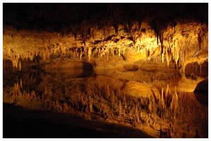 Luray Caverns 2 by Andradora