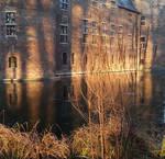 The sun shines so beautifully by chetje