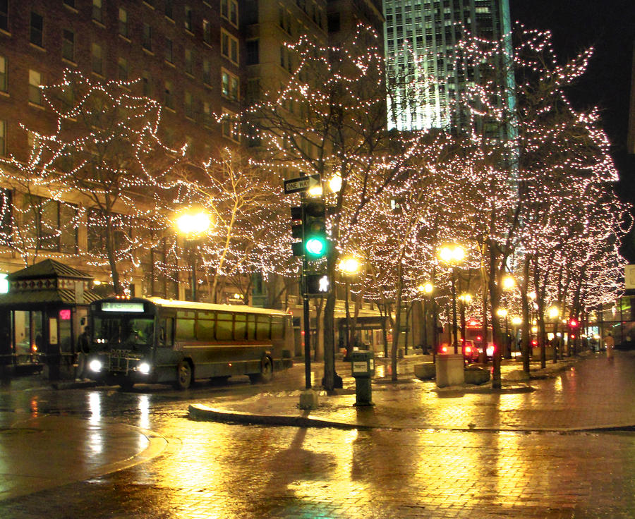 City Lights at Christmas Time by kahrissah