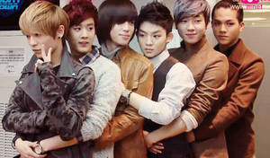 Teen Top Family Hug by hitsukarinluvr