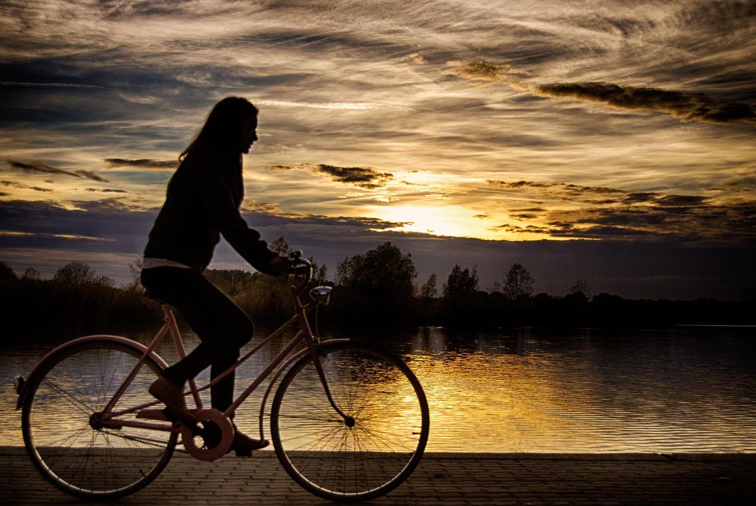 Sundown ridin' by adamcroh