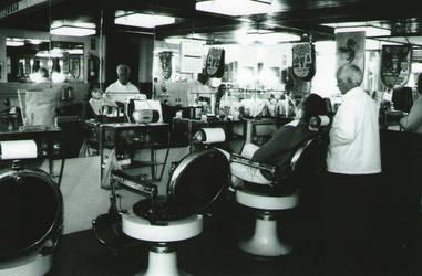 chez le barbier by dinausore