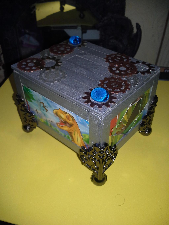 custom box i made 31 by japookins