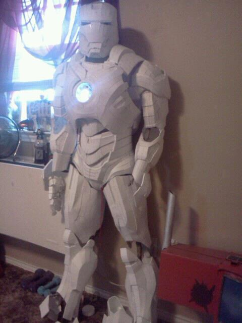 Iron man mark 4 standing up. by Pokestar332