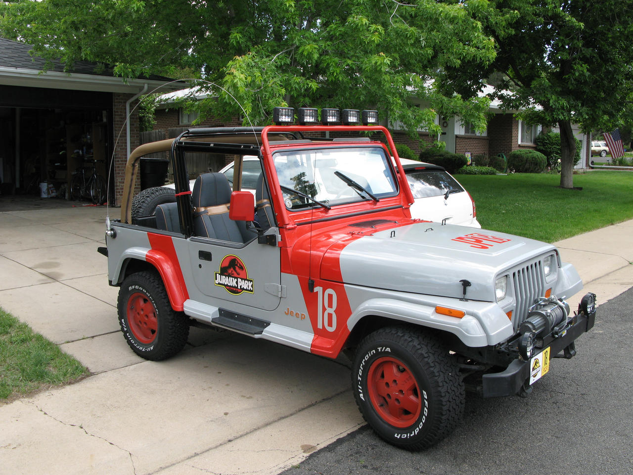 of could i all find liveried list the jurassic park sale jeep a cou for vehicles