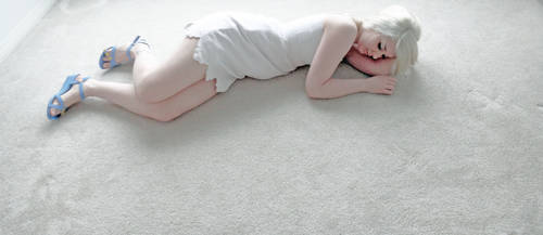 Namine Sleeping by LicoriceWh1p
