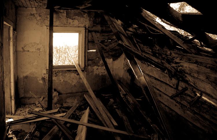 Abandoned, Alberta by smilingBuDDha