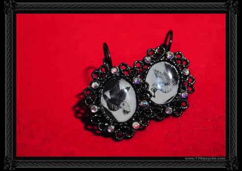 'Birds' Earrings -White-