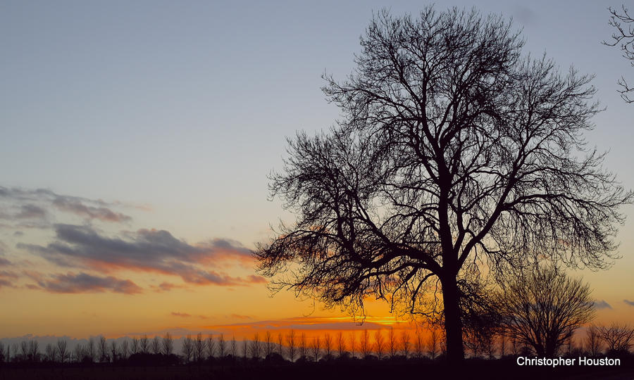 Sunset in Leicestershire by squareprismish