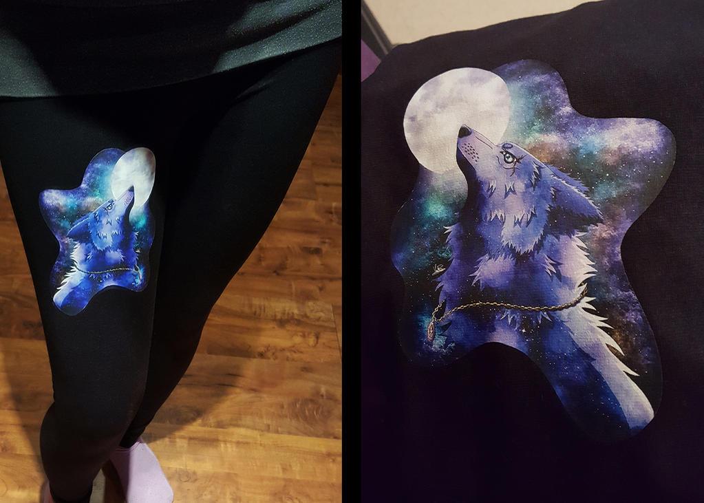 Printed Leggings Blue Wolf by OokamiKuna