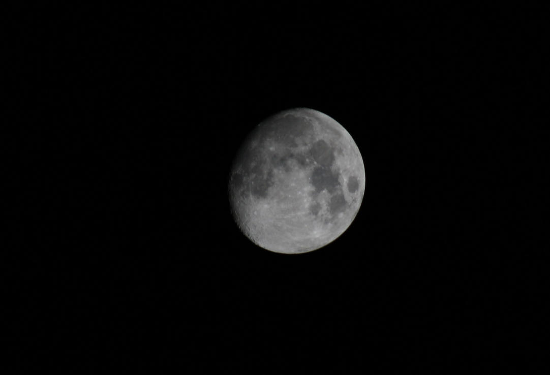 Moon (Zoomed in Photoshop) by ProjektGoteborg