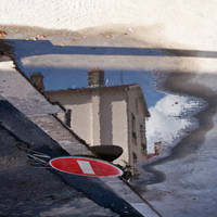 Reflection 1 by Simounet