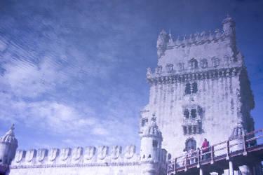 Torre de Belem reflection by Simounet