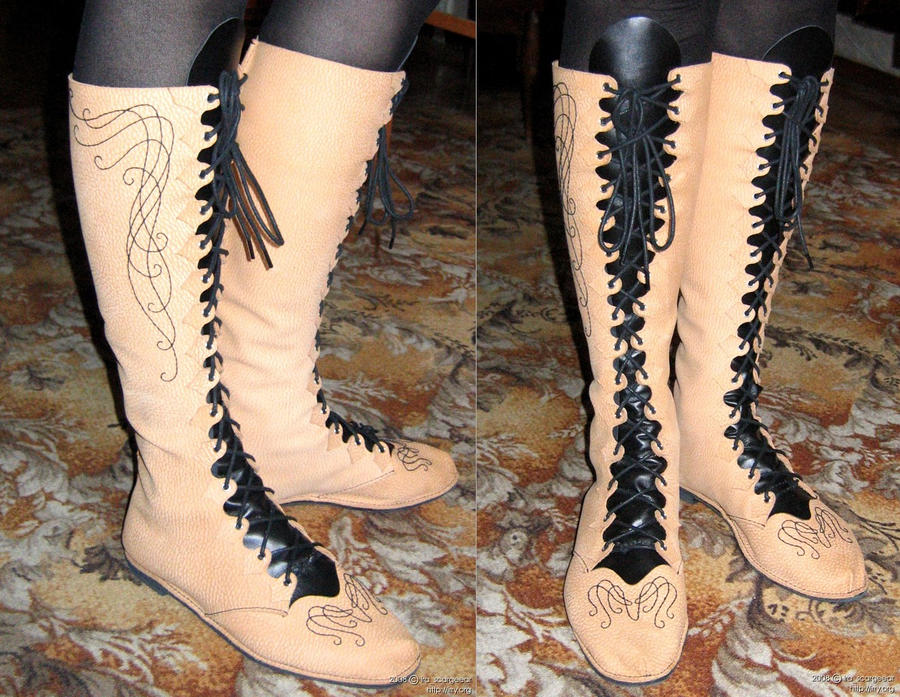 Elven boots with embroidery by scargeear