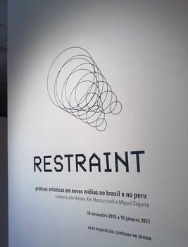 exposicao Restraint