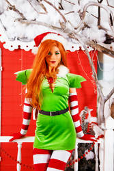 Starfire Christmas outfit by Kamiko-Zero