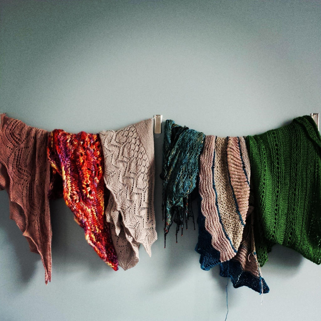 Wall of Shawl by Azibel