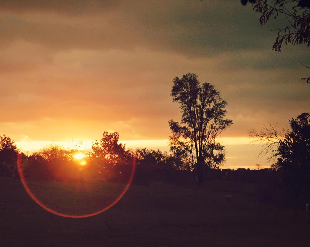 Dawn Breaks Open by whendarknessfallsxx