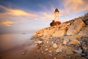 Crisp Point Lighthouse by tfavretto