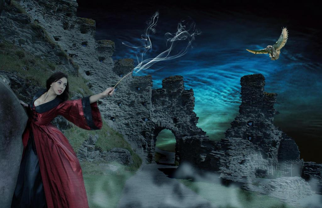 Sorceress by faryewing