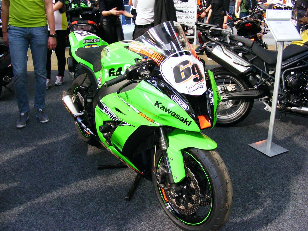 Kawasaki2 by shapeshifter444