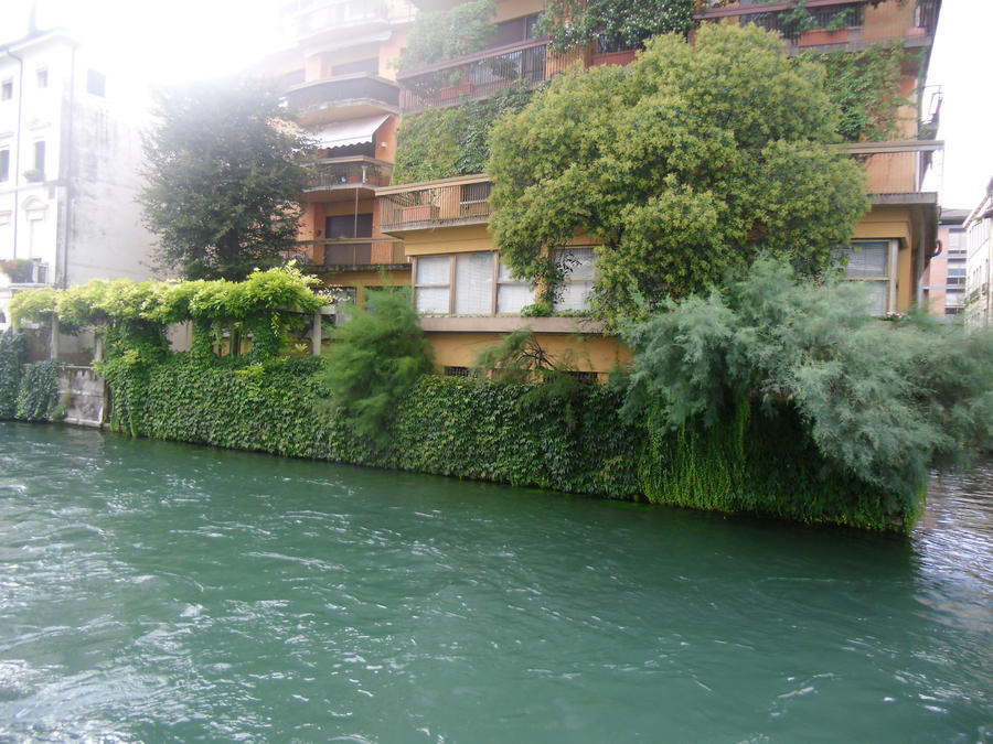 Casa sull'acqua by Alies16