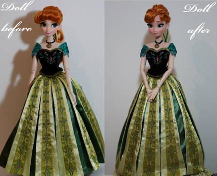 LE Coronation Anna OOAK Doll