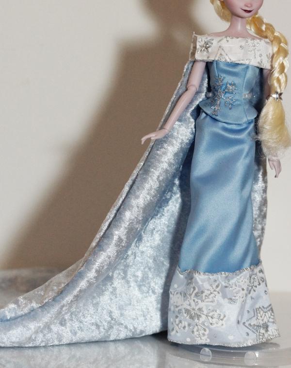 Sneak Peek - Queen Elsa of Arendelle by lulemee