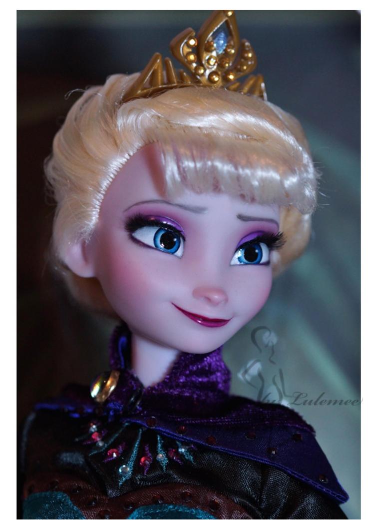 Coronation Elsa OOAK doll by lulemee
