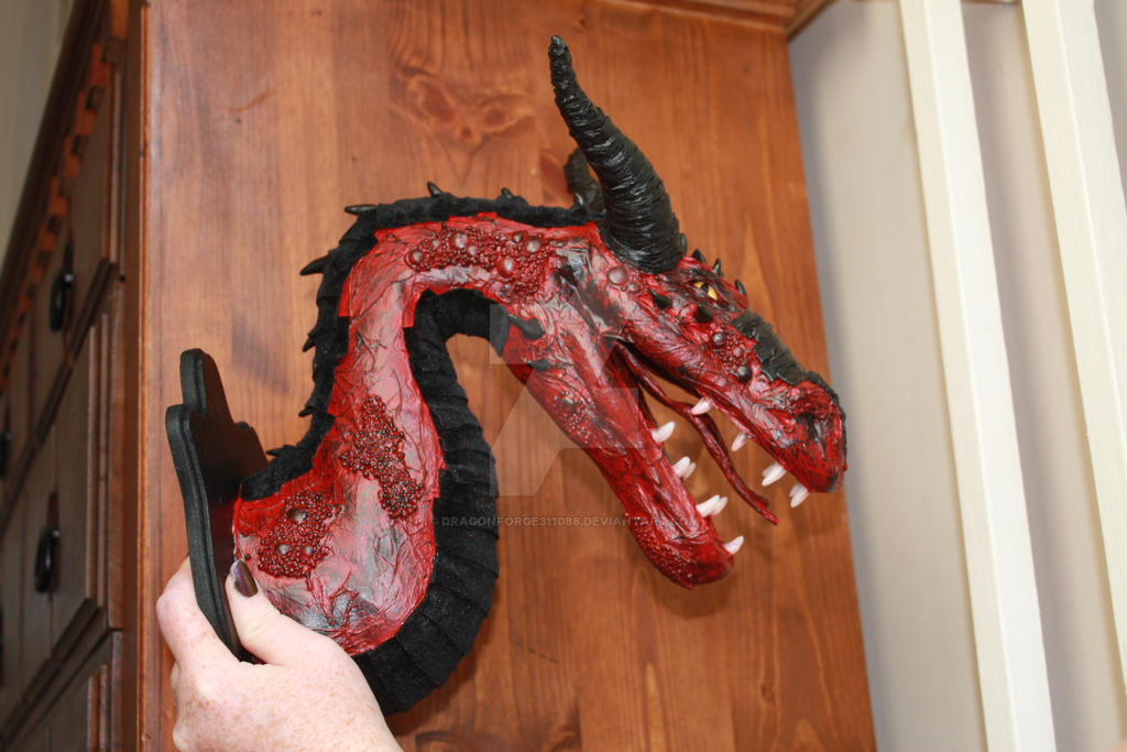 dragon head faux taxidermy by DragonForge311088