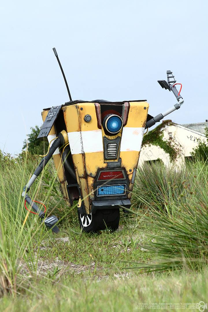 Lifesize Claptrap: Saying Hello by Bllacksheep