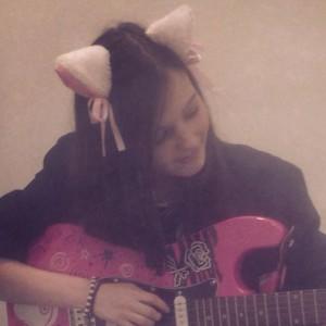 FemaleAlphaWolf's Profile Picture