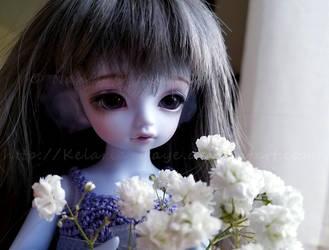 She's Lovely by Kelaria-Daye