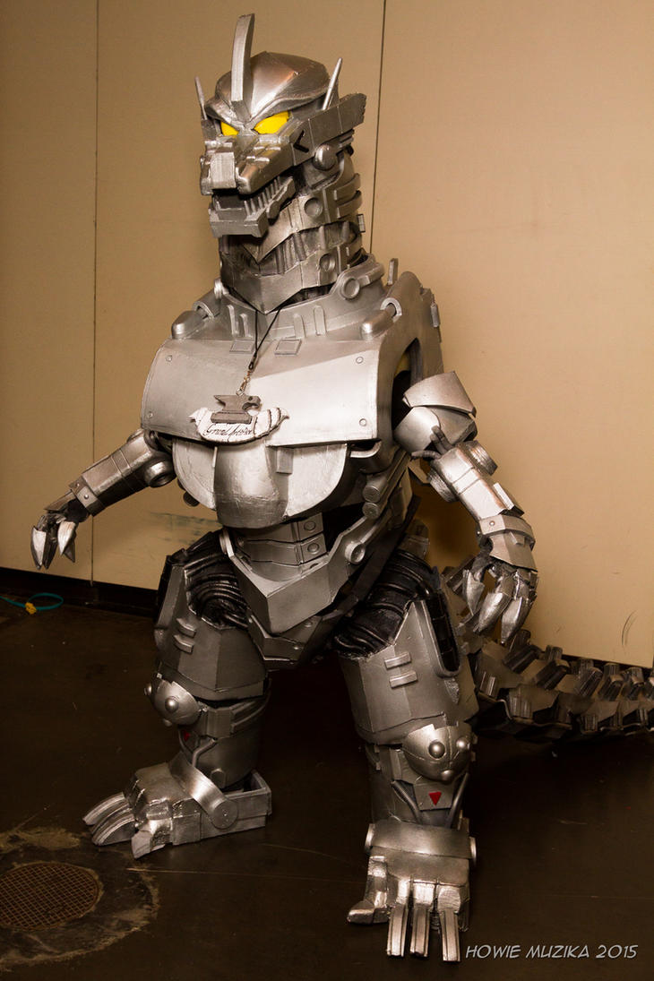 Kiryu Mechagodzilla Cosplay by GrandArtifice