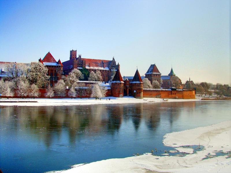 снежни замъци