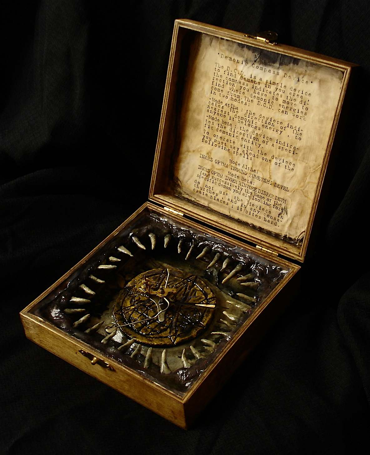 Demonic Compass Device