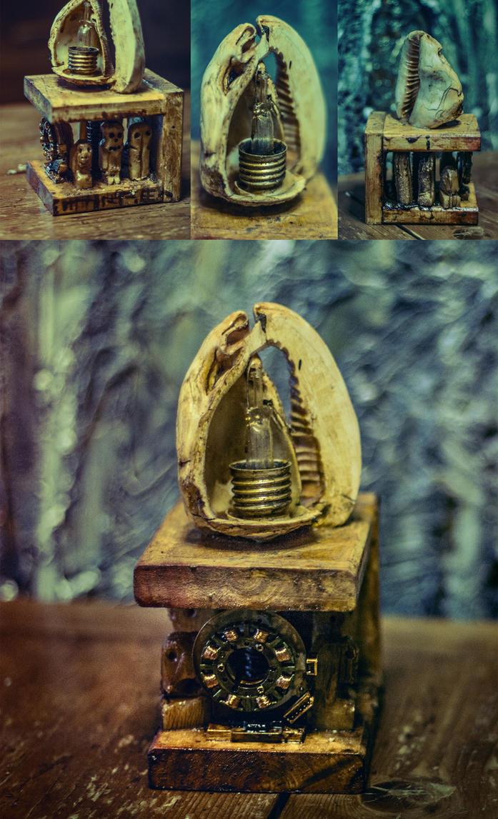 dead spirit idols antenna/generator Deviece by FraterOrion