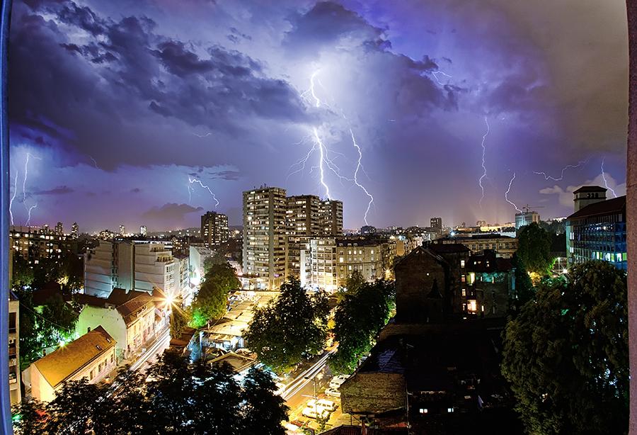thunderstruck by BorisMrdja