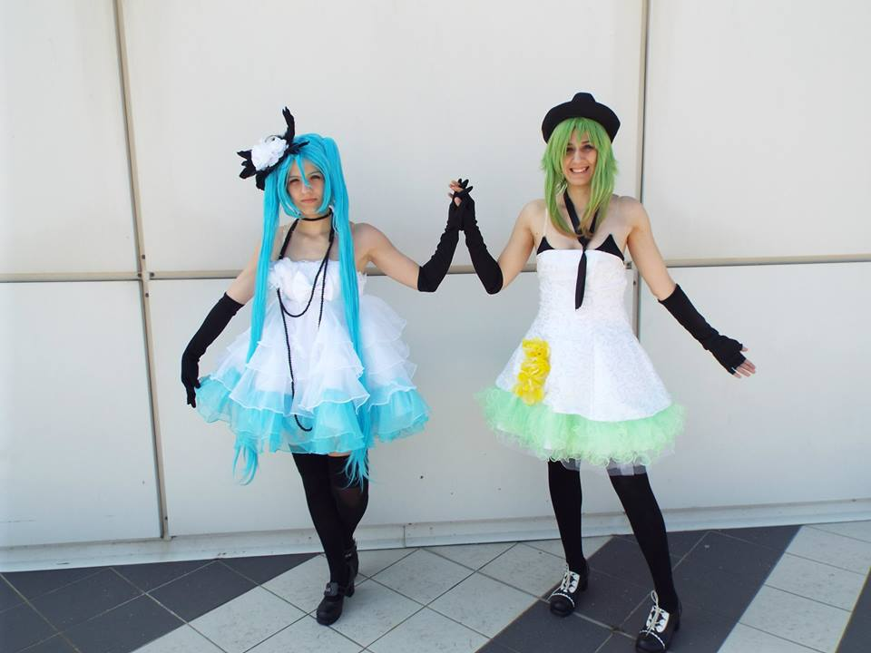 Miku and Gumi vocaloid Camellia version by Makicreazion