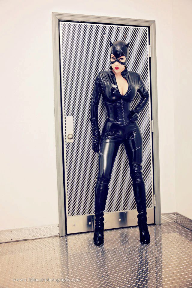 Catwoman Cosplay - Returns by megmurrderher